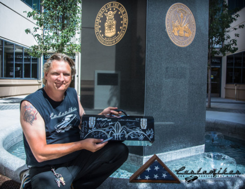 Legendary-Kustom-Kulture-Signature-Toolbox-for-Veterans-Aug-2014-shot-by-K.-Mikael-Wallin-for-Customikes-all-rights-reserved-Sept-2014-shot-by-K.-Mikael-Wallin-for-Customikes-all-rights-reserved